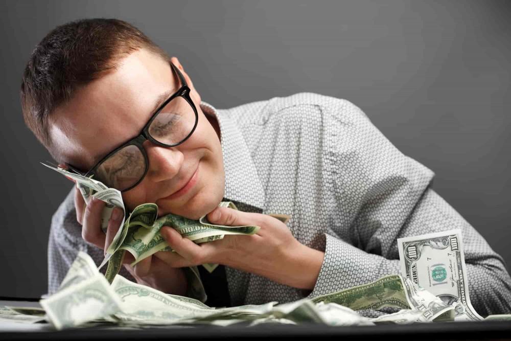 картинки про человека с деньгами грибы, осенняя рыбалка